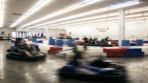 Speedeezz Indoor Karting