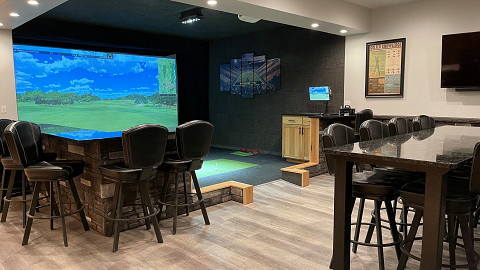 Four Seasons Indoor Golf